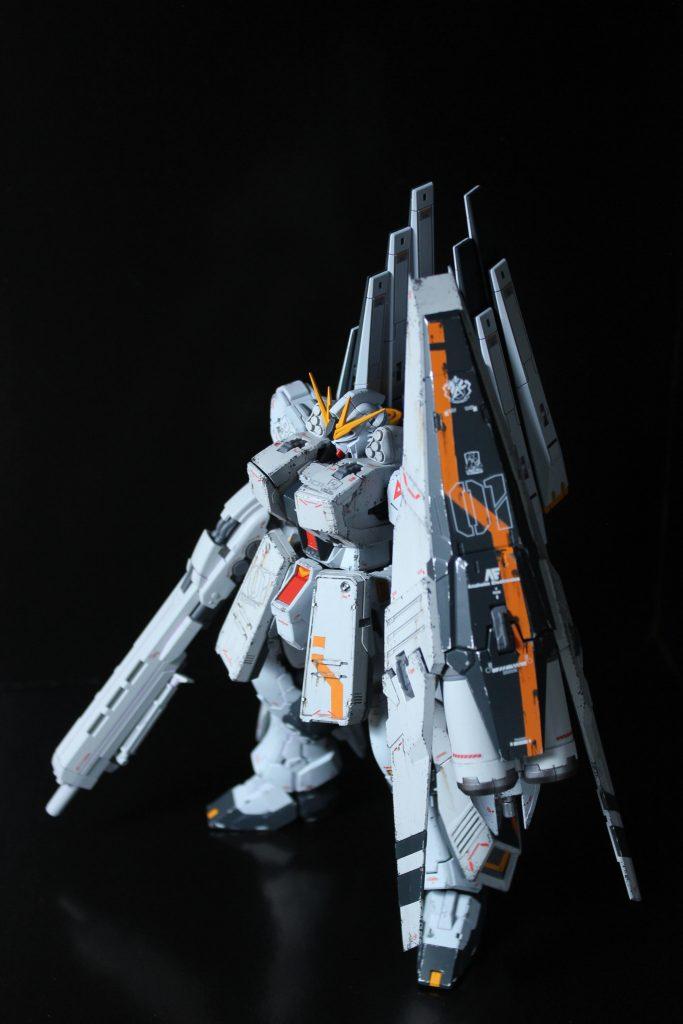 RG 1/144 νガンダムHWS装備型(ウイングファンネル仕様)