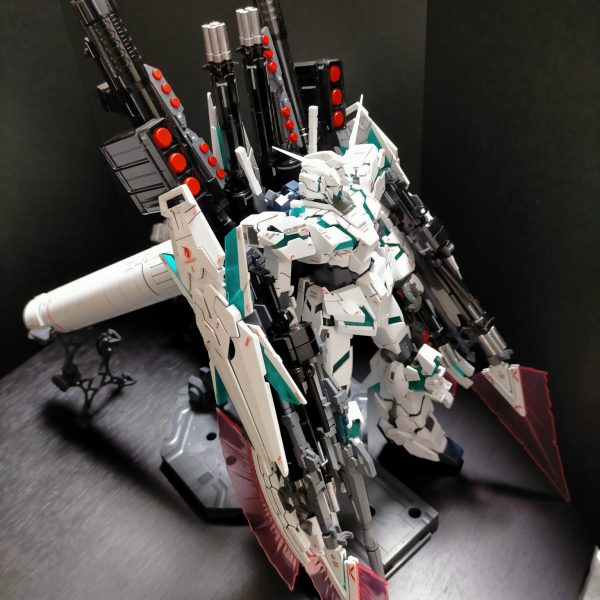 RX-0 FULL ARMOR UNICORN GUNDAM