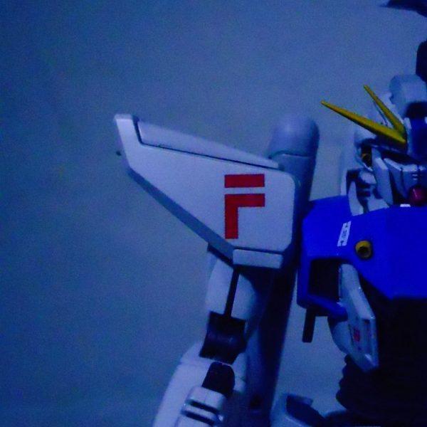 光る風の中 ガンダムF91