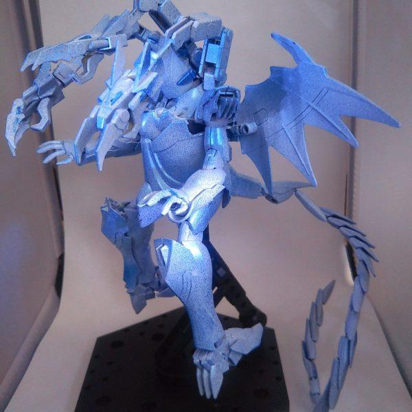 青眼の究極(ブルーアイズアルティメット)ドラゴンガンダム