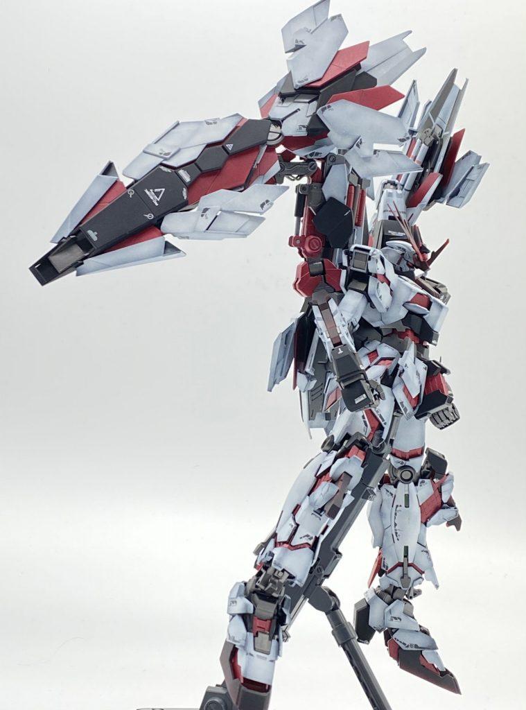 RX-0 α号機 シュオウガ