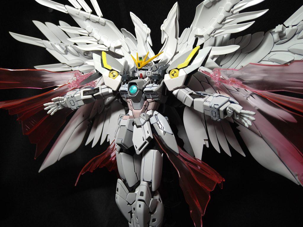 XXXG-00YSY Wing Gundam Snow White Lycoris