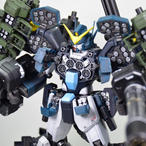 MG ガンダムヘビーアームズ改EW(イーゲル装備)
