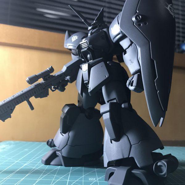 MS-14S グレイ・シャイアン少佐専用ゲルググ