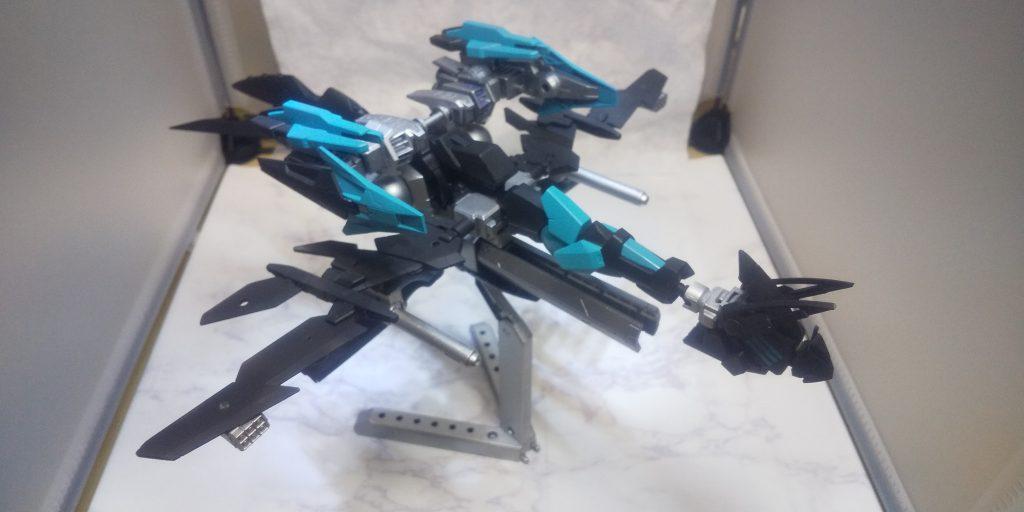 超音速移動式制圧戦専用龍型機動兵器「鐵鎧禍」
