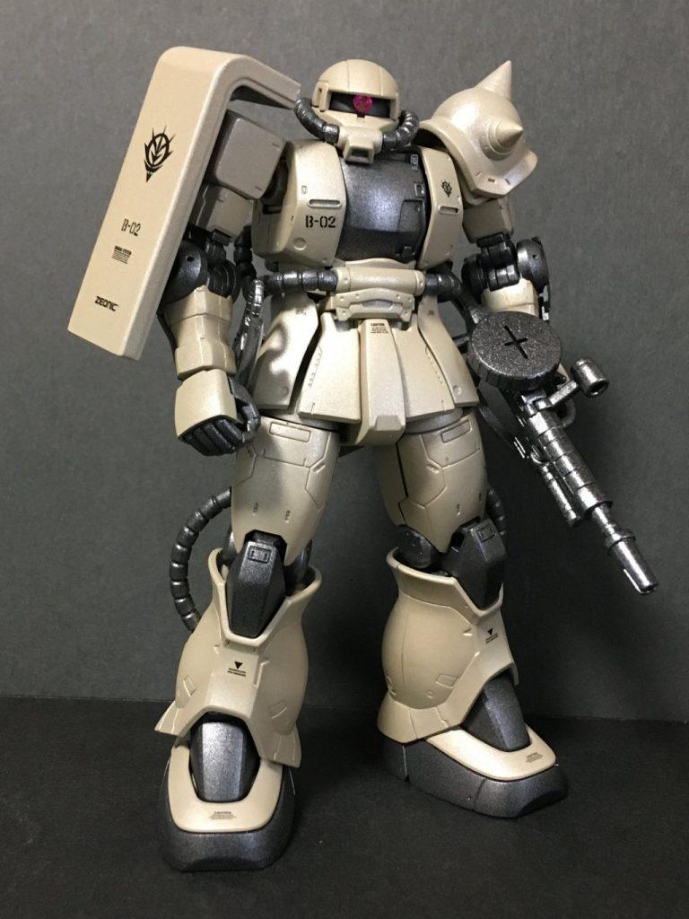 ザクⅡ(砂漠戦部隊)