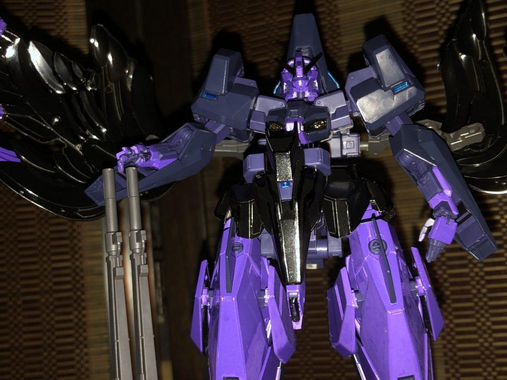 型式番号: XXX-000/ RX-000M 機体名:魔母衣波