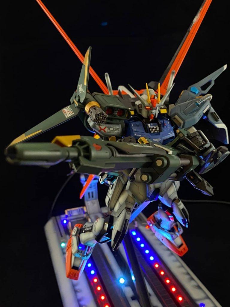 ストライクガンダム GAT-X105