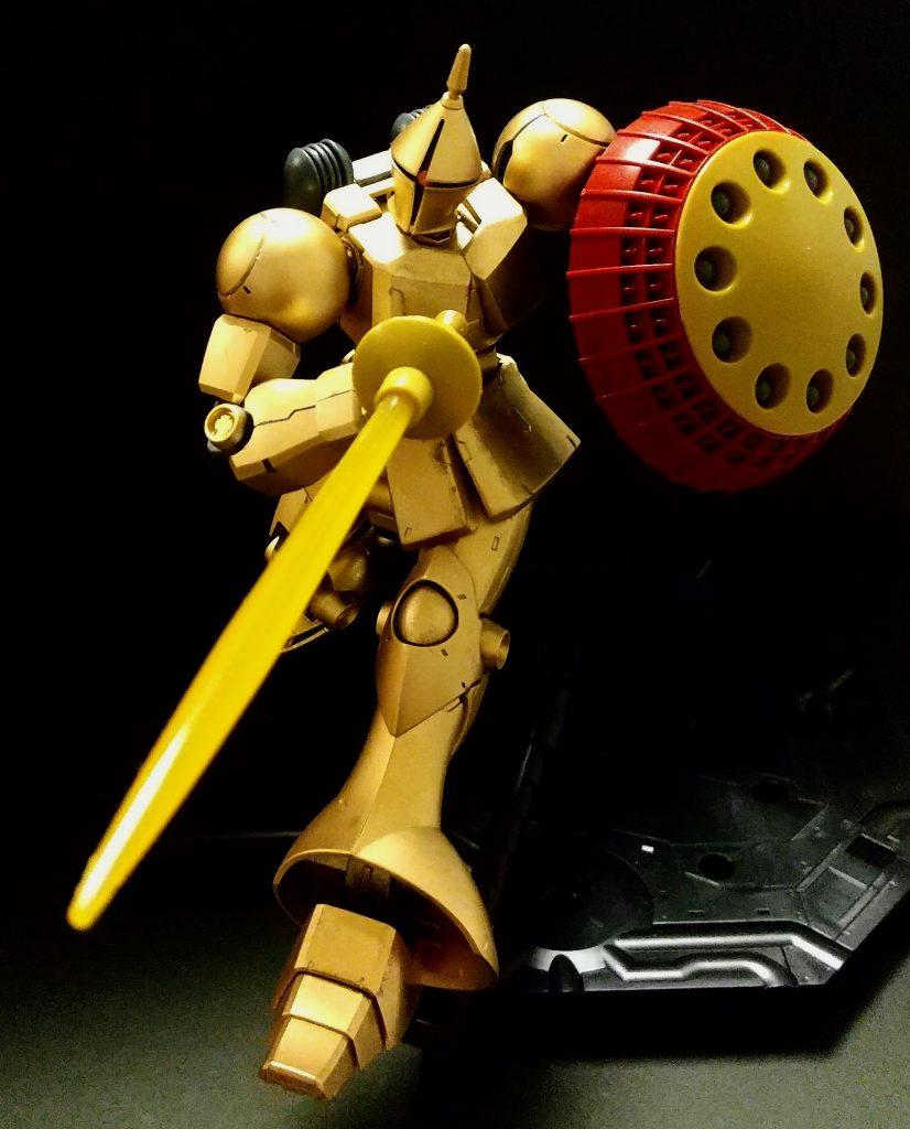 黄金の騎士ギャン