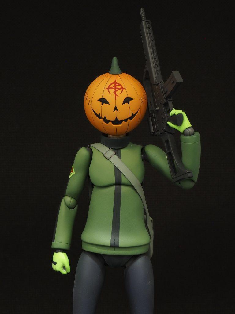 偽マフティー(かぼちゃマスク)
