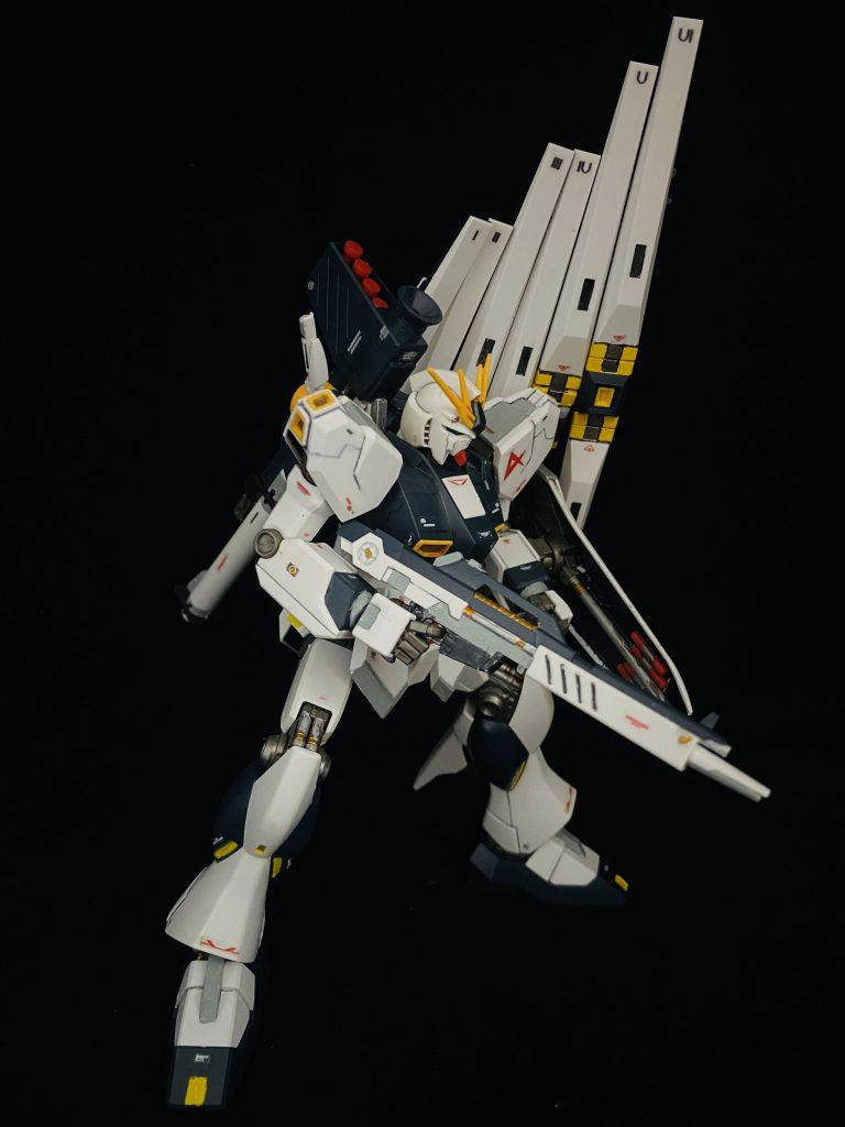 HGUC 1/144 RX-93 νガンダム