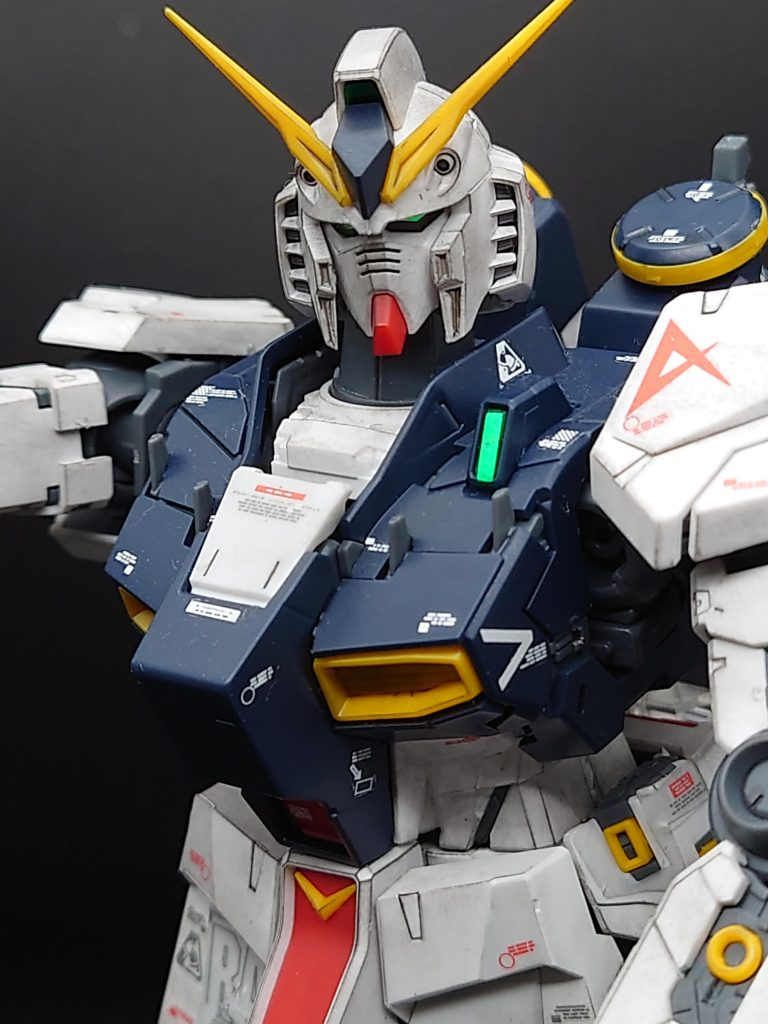 【νガンダムの日】 MG 1/100νガンダム ver.ka 成型色仕上げ